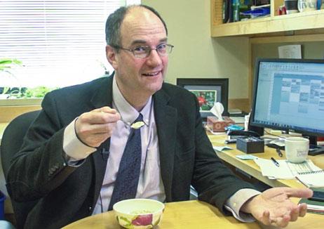 Eric-Rimm-eats-breakfast
